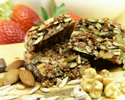 Healthy Low Calorie Snacks Ideas and The Benefits
