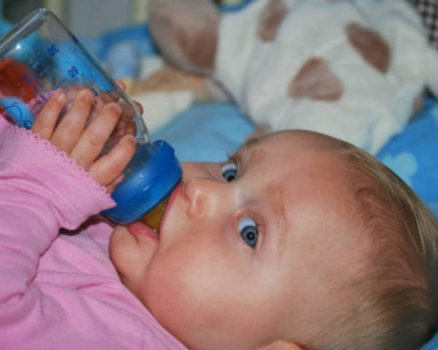 what happens if baby drinks old formula